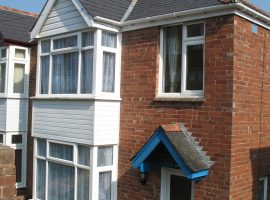 TO LET             Cowick Hill, Exeter                                                    £875.00 p.c.m